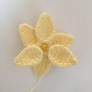 hæklet-påskelilje-4-300x300 Heidis Hæklerier - en kreativ blog med passion for hækling